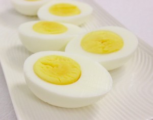 Hard-Boiled-Eggs-550x430